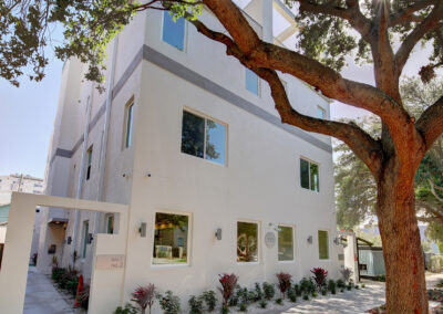 045_Exterior-Front-